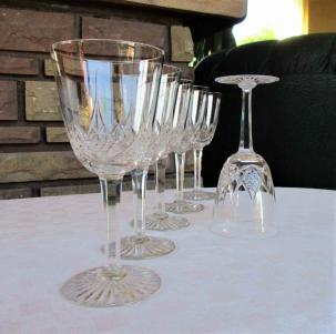Baccarat verres anciens cristal