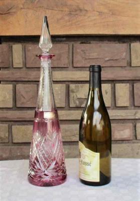 Carafe a vin du rhin pyramidale cristal saint louis