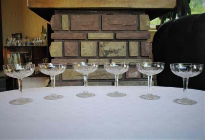 Coupe a champagne ancienne cristal de baccarat