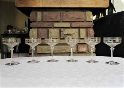 Coupes champagne saint louis anvers