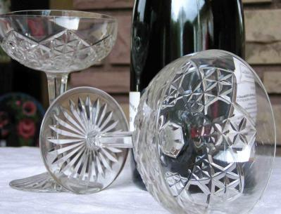 Cristal baccarat verre juigne estampile