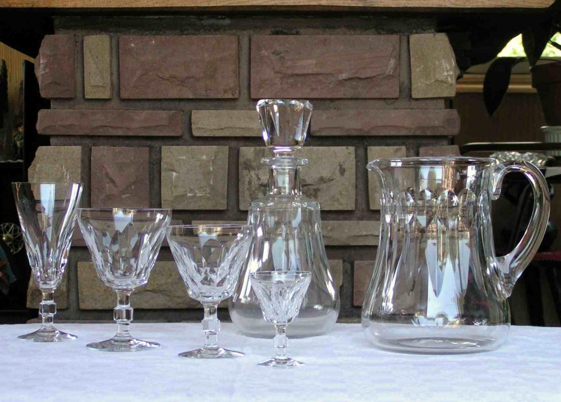 verres cristal de baccarat service caracas. Black Bedroom Furniture Sets. Home Design Ideas