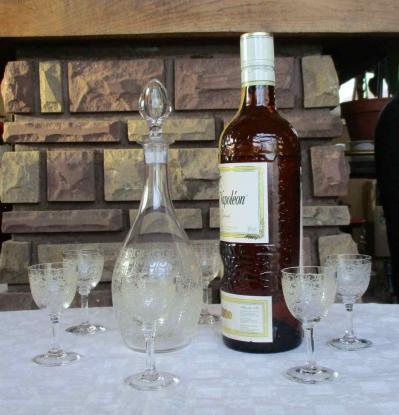 Service verres baccarat carafe