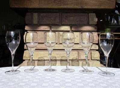 St remy baccarat eau verre cristal