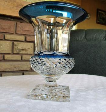 Vase cristal bleu