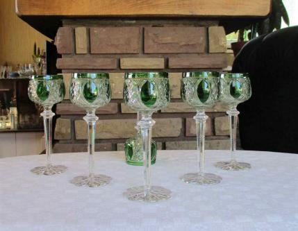 Verres u verre a vin du rhin vert baccarat