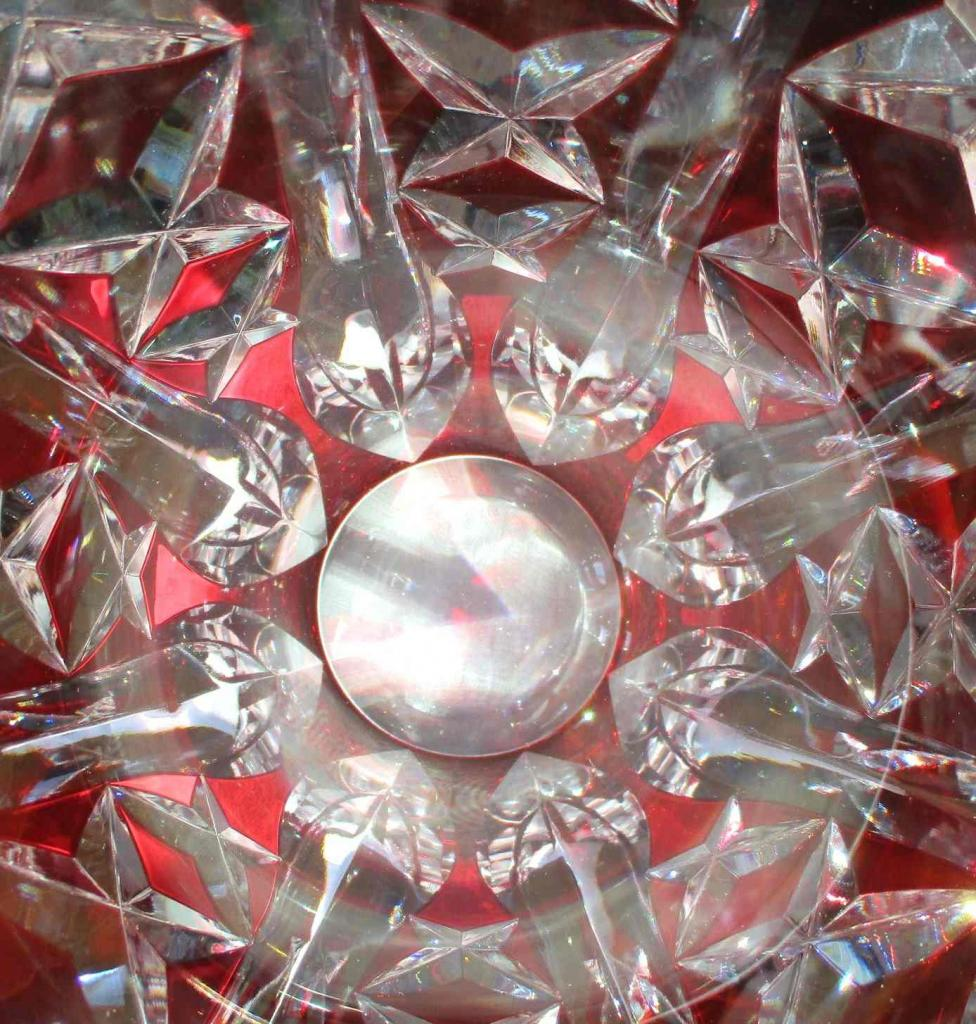 crystal-vase-st louis-red-colour