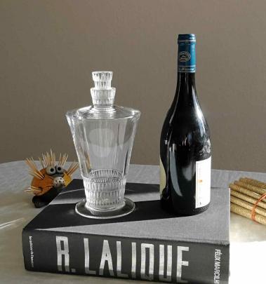 Carafe bourgueil lalique