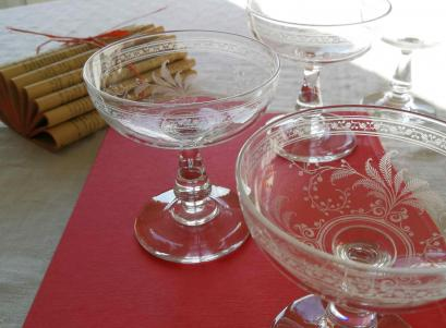 Coupe a champagne baccarat cristal ancien