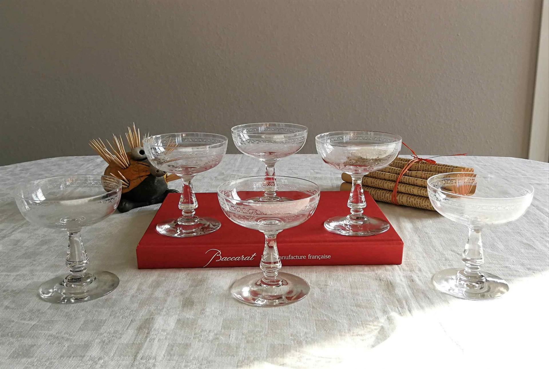 Verre Baccarat cristal, service Fougères. Prestivilege