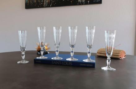 Flute a champagne en cristal ancien