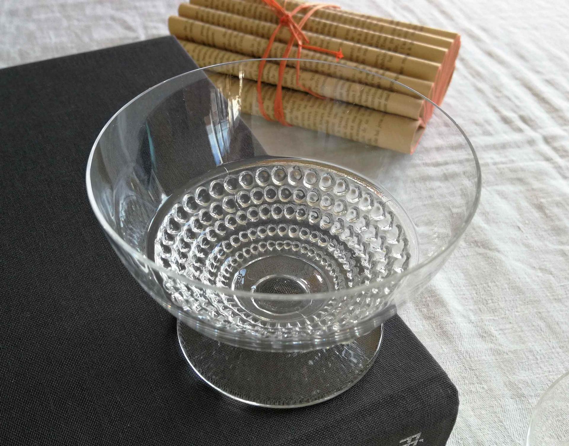 Coupe à champagne, service Nippon. Lalique