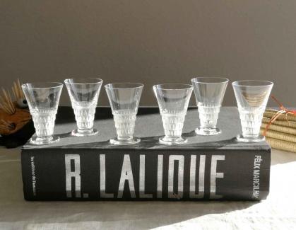 Verre a liqueur bourgueil lalique