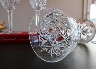 Verre a vin cristal taille baccarat